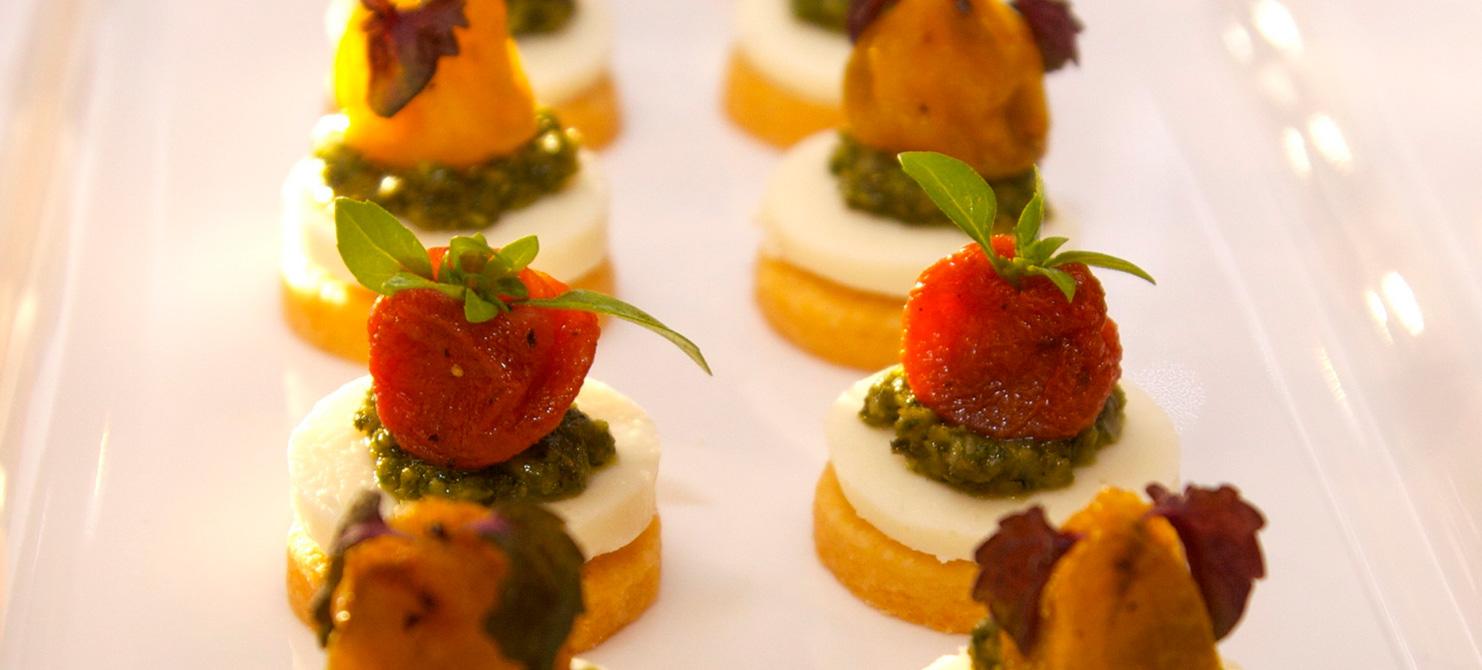 tomato-mozzarella-canape-opt-v3